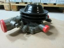 Насос водяной (помпа) двигателя Yuchai YC6J190N-40 (J4B0C/J4B01) (ОРИГИНАЛ)
